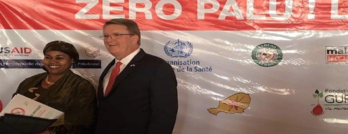 "Ambassador Eric P. Whitaker Helps Launch ""Zéro Palu! Je m'engage"" Malaria Campaign"